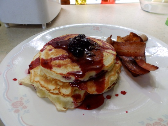 pancakes with fruit syrup